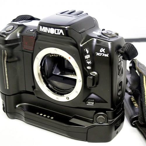 ミノルタのフィルム一眼カメラ「α707si」買取実績