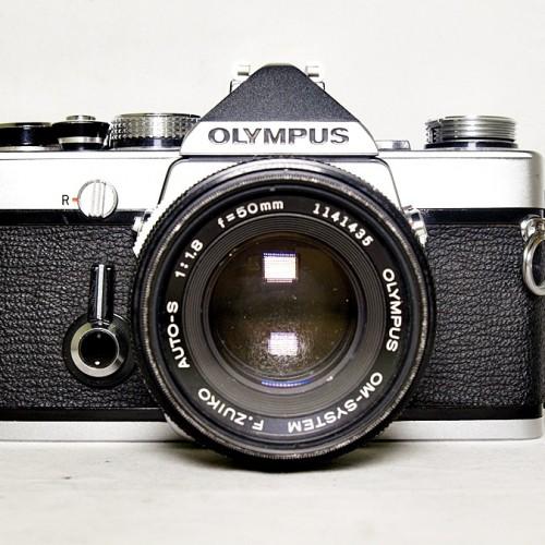 オリンパスのフィルム一眼カメラ「OM-1」買取実績