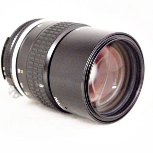 ニコンのカメラレンズ「Ai NIKKOR 135mm F2.8」買取実績