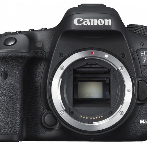 キャノンの一眼レフカメラ「EOS 7D Mark IIボディ」など高価買取り