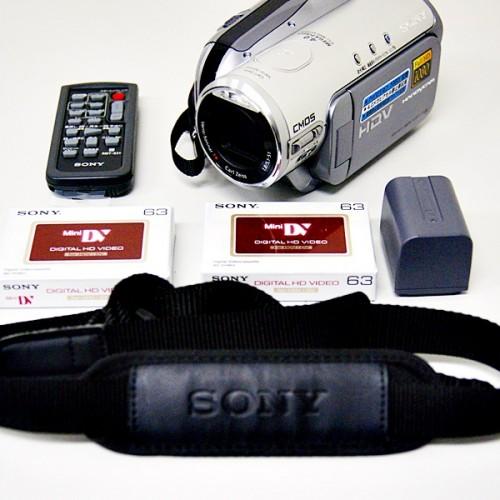 ソニーのビデオカメラ「HDR-HC3」買取実績