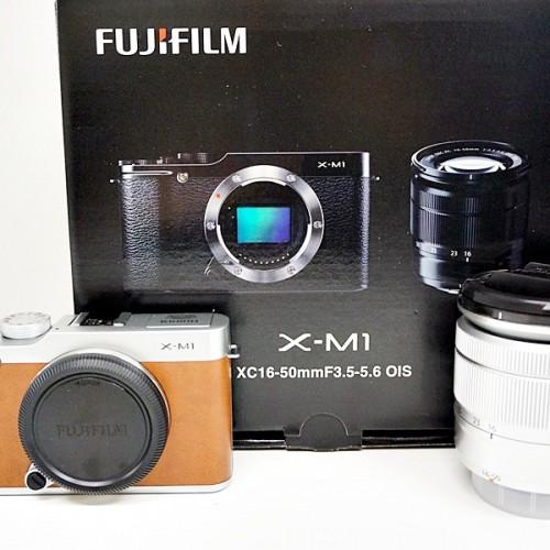 フジフィルムのミラーレスカメラ「FUJIFILM X-M1」買取実績