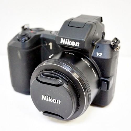 ニコンのミラーレスカメラ「1 V2」買取実績