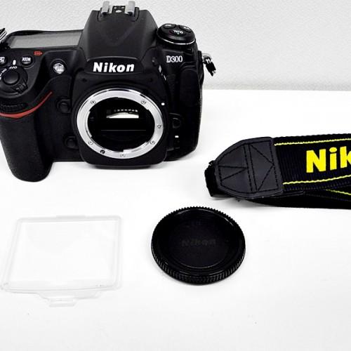 ニコンのデジタル一眼レフカメラ「D300」買取実績