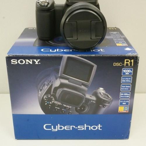 ソニーのコンデジ「DSC-R1 CyberShot」買取実績