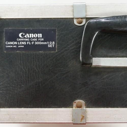 キャノンのレンズ「FL-F 300mm F2.8 S.S.C FLUORITE」買取実績