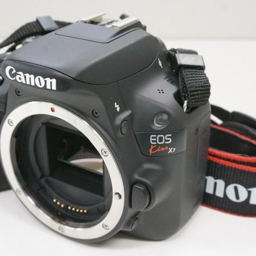キャノンのデジタル一眼レフカメラ「EOS Kiss X7 ダブルズームキット」買取実績