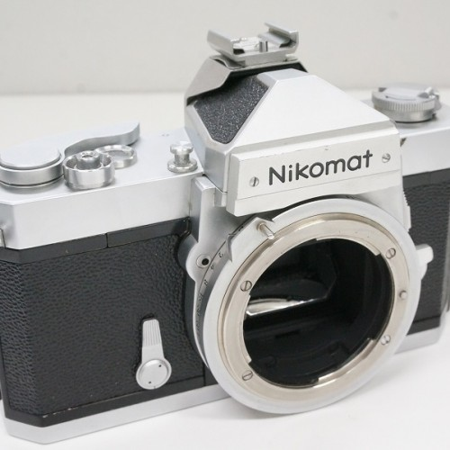 ニコンのフィルム一眼レフカメラ「NIKOMAT FTN シルバー」買取実績