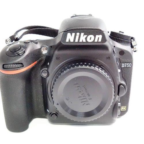 カメラ買取実績紹介「NIKON ニコン D750 ボディ」
