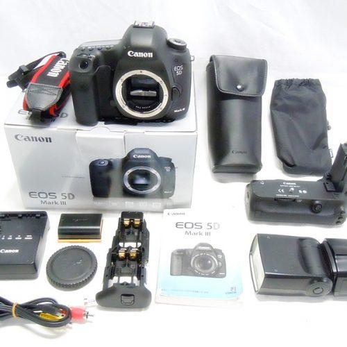 カメラ買取実績紹介「キャノン(CANON)  EOS 5D Mark III ボディ + BG-E11/580EX」