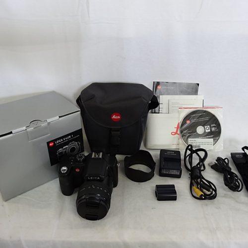 カメラ買取実績紹介「ライカ(LEICA)  V-LUX1 + カメラバッグ」