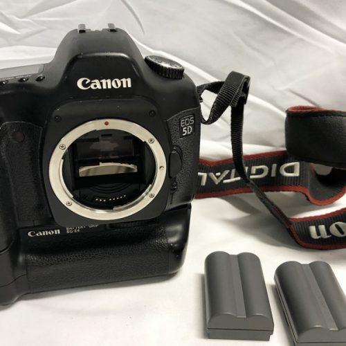 カメラ買取実績紹介「CANON キャノン EOS 5D + BG-E4 ボディ」
