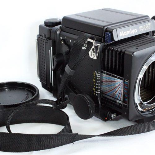 カメラ買取実績紹介「MAMIYA マミヤ RZ67 Pro ボディ + 120 フィルムバック + ウエストレベルファインダ」